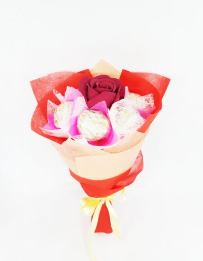 6pc Rocher Rose Bouquet